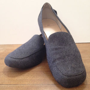 Anne Klein Gray Flannel Loafers 6.5